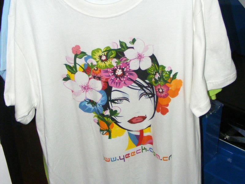 欧冠对阵科技数码印花-浅色T恤直印花样品